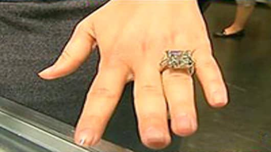 diamond_ring_200.jpg