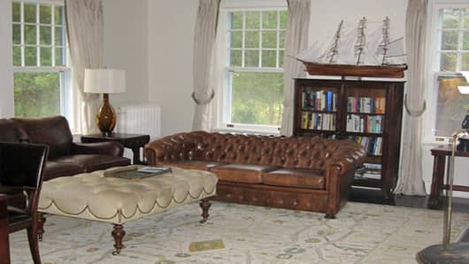 montella_anthony_webshot_livingroom_520.jpg