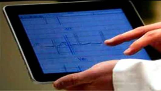Doctors using the iPad