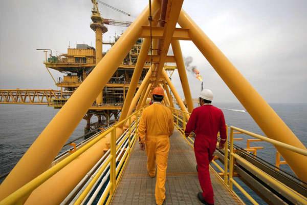 Crude production: 2.88 million barrels per dayDaily crude exports to the US: 1.22 million barrels Proven reserves: 10.4 billion barrels