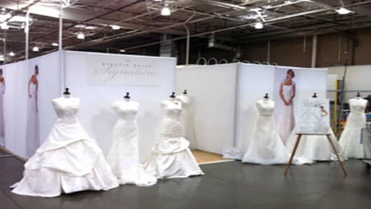 costco_bridal_showroom_300.jpg