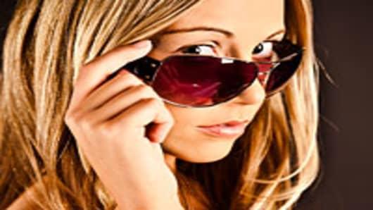 woman_sunglasses_200.jpg