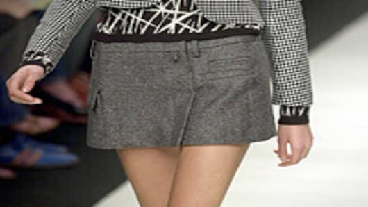 miniskirt_200.jpg
