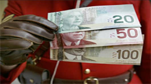 canada_currency_200.jpg