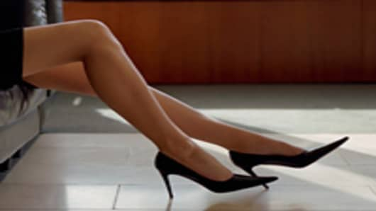business_woman_sexy_legs_200.jpg