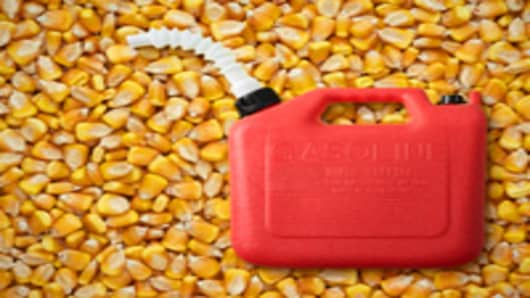 ethanol_corn_gas_can_200.jpg