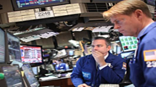 wallSt_traders1_042611_200.jpg