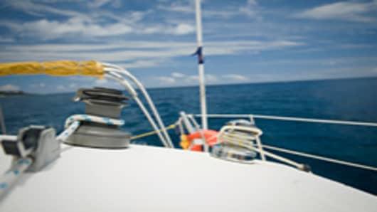 yacht_sailing_200.jpg