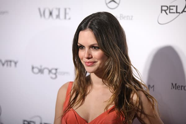 Actress Rachel Bilson played Summer Roberts on the television drama  In addition to her acting portfolio, she is also known as a fashion maven, pursuing it seriously enough to launch her own clothing line in 2008. However, her wardrobe suffered a major blow when her Los Angeles home was robbed in 2009 while she was on vacation in Canada.A representative for Bilson claimed that the actress had lost hundreds of thousands of dollars worth of clothes and jewelry in the robbery. However, those close