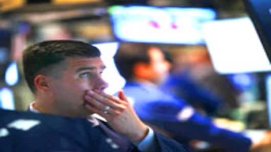 wallSt_traders13_200.jpg