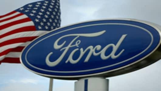 ford_dealer_sign_flag_200.jpg