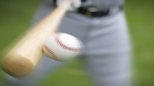 baseball_hitting_200.jpg