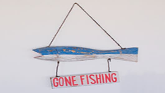 gone_fishing_sign_200.jpg