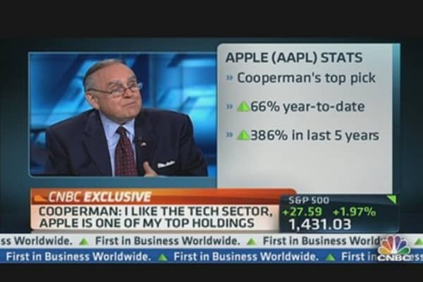 Apple Set for 15 Percent Growth: Cooperman