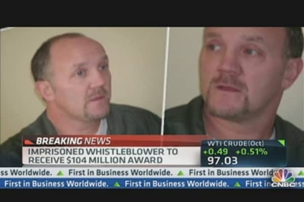Imprisoned Whistleblower Receives $104 Million From US Government