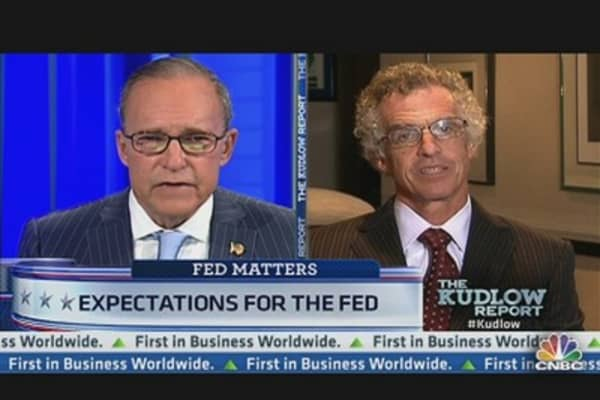 Former Fed Gov: New Stimulus Could Be Effective