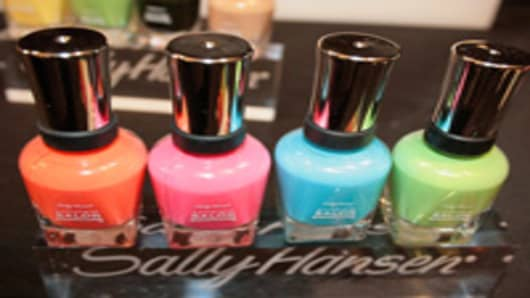 sally_hansen_nail_polish_200.jpg
