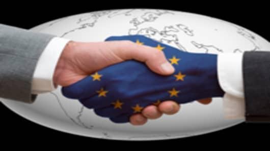EU-Shaking-Hands_200.jpg