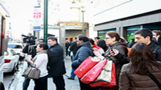 Holiday shoppers outside