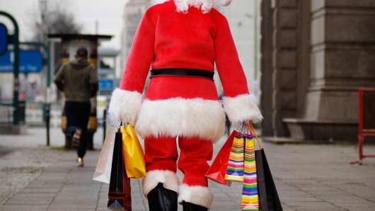 Christmas shopping spending