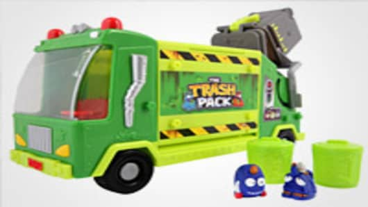 The Trash Pack Garbage Truck Lifestyle
