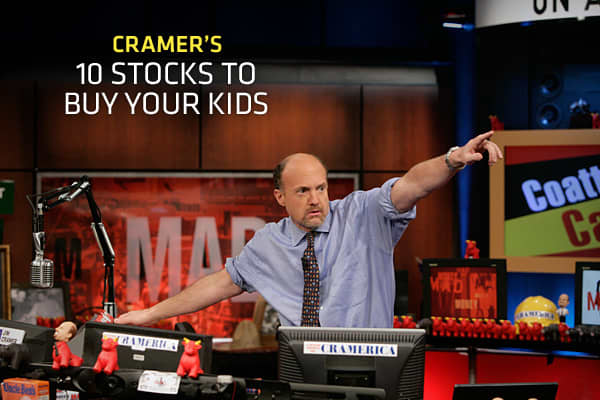 There's nothing more gratifying than seeing your child's face light up when you give them the perfect present for the holidays. Oh wait, yes there is: Seeing them succeed their whole life! And guess how you make that happen? You teach your kids about money and investing as young as possible, Cramer said.The earlier you start, the better off they will be. So, this year, instead of buying your kid the hottest toy that's going to make her friends drool, consider giving the gift that could keep on g