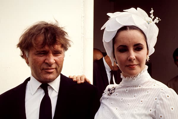 "The actors Richard Burton and Elizabeth Taylor fell in love on the set of the 1963 cinematic epic ""Cleopatra."" They wed in 1964, but the marriage was contentious, and they divorced in 1974.Despite everything, true love soon beckoned again, and they remarried in 1975. But after nine months, they divorced for a second and final time.In 1983, the couple reunited onstage in a Broadway revival of the Noel Coward play appropriately called ""Private Lives."" The prospect of seeing them work together agai"