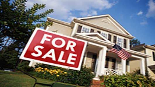 house-for-sale-us-flag-200.jpg