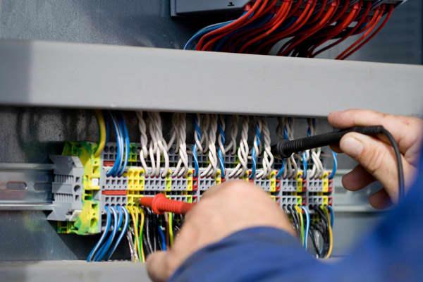 45859412-electrical-technician.jpg