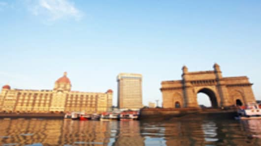 India, Mumbai, Gateway of India, view across harbor
