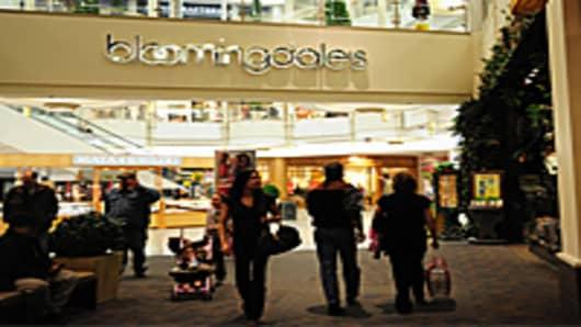 blommingdales-mall-america-200.jpg