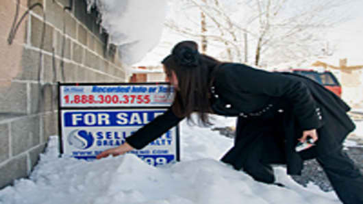 home-sale-winter-200.jpg