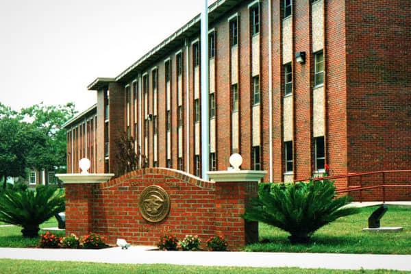 Number of prisoners: 750This federal prison camp is also on a military base – the Pensacola Naval Air Station in Florida. Like FPC Montgomery, inmates have jobs inside and outside the camp and can interact with military personnel. Inmates can also take part in activities like movie nights, intramural sports, racquetball and bocce ball.