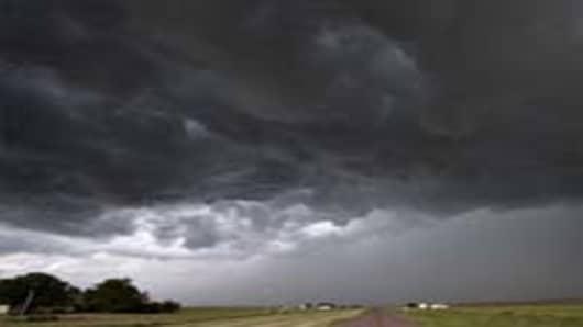 dark-cloudy-sky-200.jpg