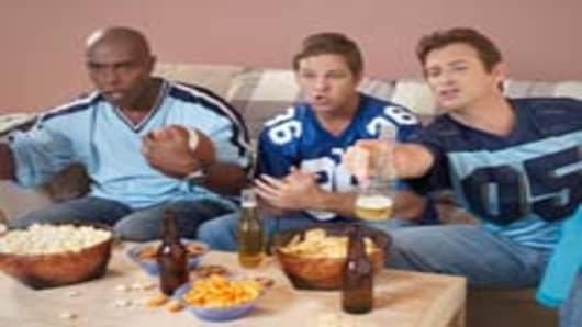 watching-football-game-200.jpg