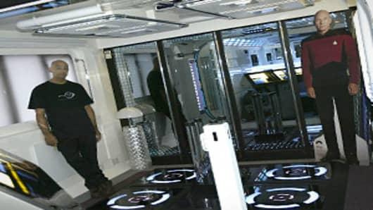 star-trek-apartment-transporter-300.jpg