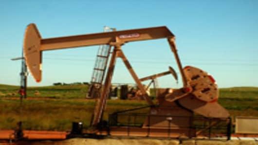 oil-rush-rig-200.jpg