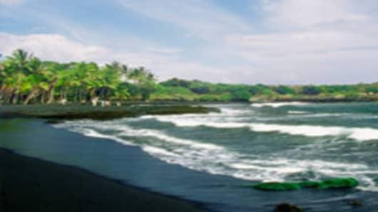 Black Sand Beach, Big Island, Hawaii, USA