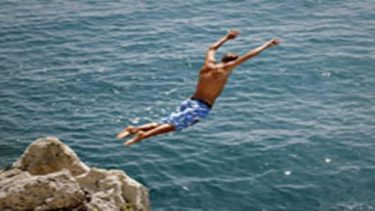 man-diving-into-sea-200.jpg