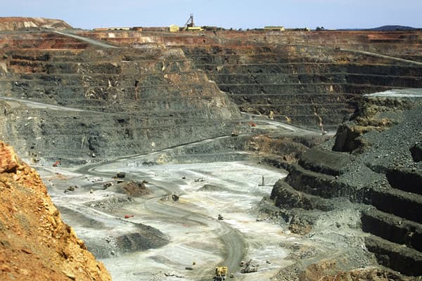 Location: Kalgoorlie, Australia Gold Production In 2011: 750,000 oz Active Miners: Barrick Gold; Newmont MiningMining Operations: Open pit