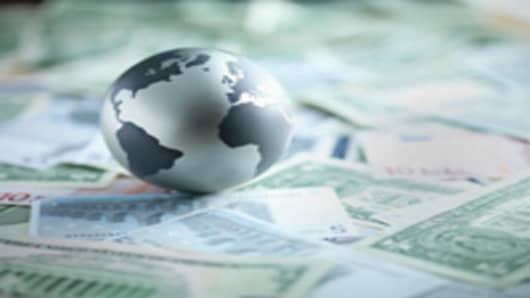 globe_currency_200.jpg