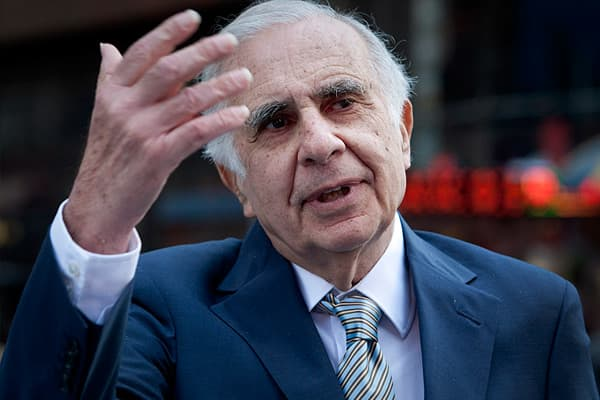 Earned: $2.5 Billion Firm: Icahn Capital Management AUM: $7 Billion While more than half of all hedge funds were in the red, the 76-year-old, one-time corporate raider racked up a 34.5 percent gross return. Even more impressive, Icahn accomplished these returns without the benefit of investment fees. Icahn returned all money to outside investors in April 2011, in order to avoid a repeat of 2008, when short-sighted investors clamored for funds to be returned. Icahn generated nearly half of his ga
