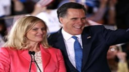 Mitt Romney and his wife Ann Romney thank supporters during a Super Tuesday event in Boston, Massachusetts.