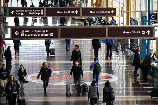 The airport in Arlington County, Va., processes fewer passengers than nearby Dulles, with just over 18.8 million people passing through it in 2011, according to the  22.28 percent of flights landing there did so later than they were supposed to, while 17.59 percent left late.