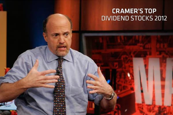 "Whether or not the stock market continues to rally, Jim Cramer recommends investors seek the protection of stocks with serious dividends. After all, if the stock market falls and the economy worsens, dividend-paying stocks will pay investors to wait until things get better. The ""Mad Money"" host especially likes ""accidental high-yielders"" — the stocks with small payouts that wouldn't ordinarily offer high yields. Because of downward pressure in the markets, which has hurt their share prices, thos"