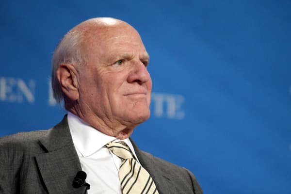 "Barry Diller tells CNBC that media companies that are not pushing the limits of innovation will be left behind.  ""If you're not experimenting, or innovating, and not risking your 'so to speak' closed business to new business models and ways of behavior, you'll inherit the wind,"" he said. That's a piece of advice he said the media conglomerates should"