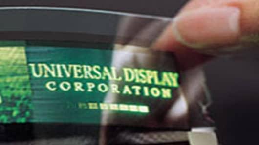 universal-display-200.jpg