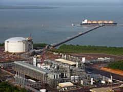 lng-liqufaction-plant-200.jpg