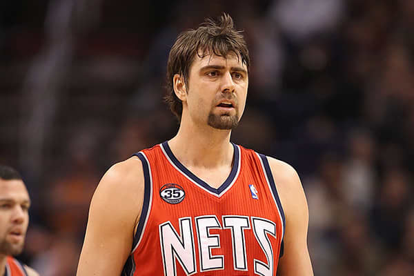 "Team: New Jersey NetsMinutes Played: 453Wins Produced: -1.08Value of Wins: -$2,098,657Salary: $10,890,000Overpaid: $12,988,657Mehmet Okur, 33, is a Turkish player who joined the New Jersey Nets in 2011. Berri puts him in the same column as Maggette with regard to his performance and worth to his team.""Mehmet Okur and Corey Maggette are both old,"" Berri told CNBC.com. ""And neither played many minutes. Plus they weren't that productive when they did play. So it is not surprising to see both on thi"