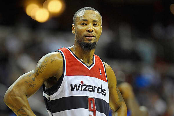 "Team: Washington WizardsMinutes Played: 729Wins Produced: -0.02Value of Wins: -$30,601Salary: $21,136,630Overpaid:-$21,167,231According to the ""Wins Produced"" algorithm, Rashard Lewis is the most overpaid player in the NBA. ""Once upon a time he was a player who took an above average number of shots and had an above average level of shooting efficiency,"" Berri said.Still, Berri points out that ""he never did much beyond scoring,"" and now that's a thing of the past. ""His efficiency is also below av"